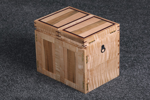 Tiger-Maple-Fly-Tying-Box-02